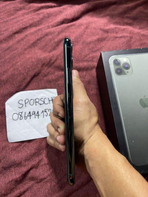 ขายiphone11promax แบต84ราคา 23000สี มิดไนท์64GBไทยสภาพ90มีกล่อง picture