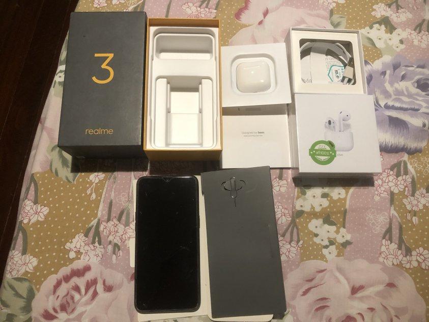 ขายถูก มือถือื Realme 3 ความจุ 64 GB ขายพร้อมหูฟัง bluetooth. Hoco รุ่น ES46 picture
