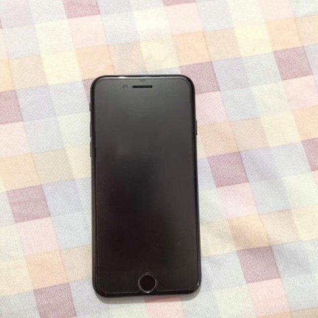 ขายiPhone 7 สภาพมือ1 อุปกรณ์ครบ จากศูนย์ มีประกัน